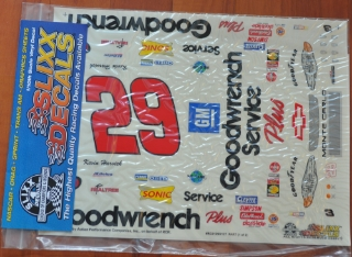 Picture of Slixx Decals Part-RC0129/2127 2001 #29 Kevin Harvick (Goodwrench) 1/10th